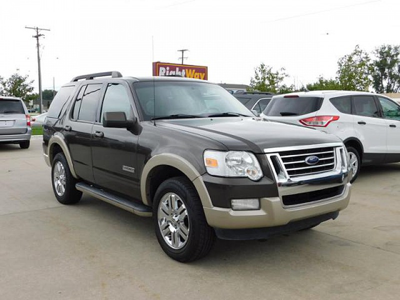 Pre Owned 2008 Ford Explorer 4d Suv 2wd Ed Bauer V6