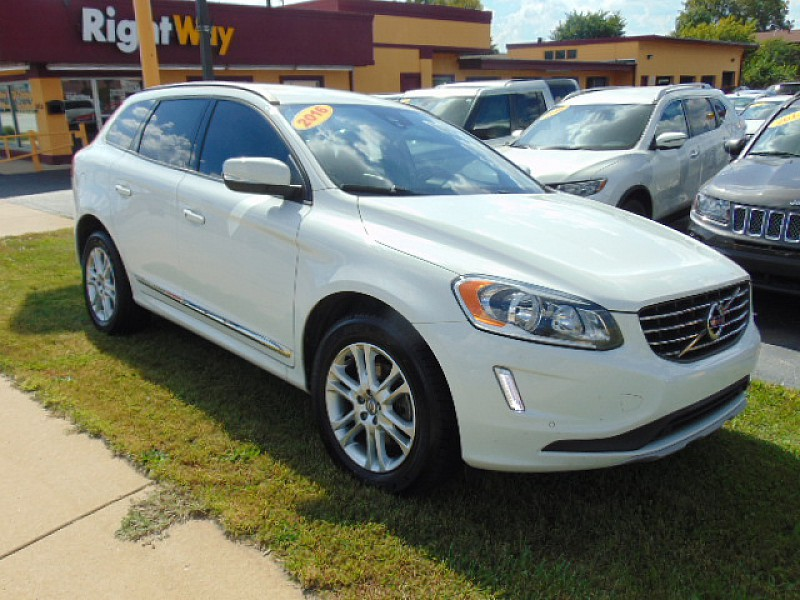 Pre Owned 2016 Volvo Xc60 4d Suv Fwd T5